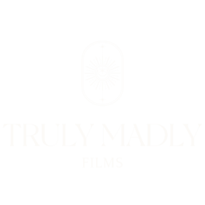 main logo auro